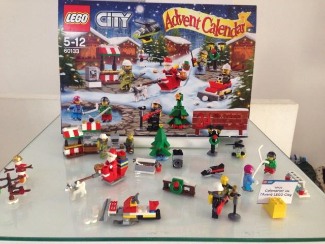 Calendrier de l'Avent Noel 2016 LEGO City (Référence 60133) - Environ 20 €