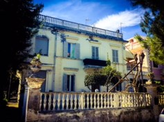 #Le-marche-magic #Le-march #Italy #Porto-San-Giorgio #Cafe-Florian #fresh-food #fountains #SeaSideVillages #castles #medieval #Liberty-homes #Art-Nouveau