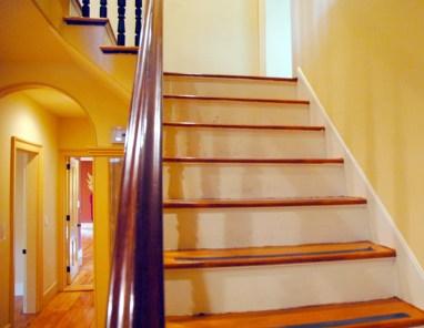 Jedediah Higgins House, Kingston, NJ, Interior, Stairs, Banisters, Floors, cc-by lemasney