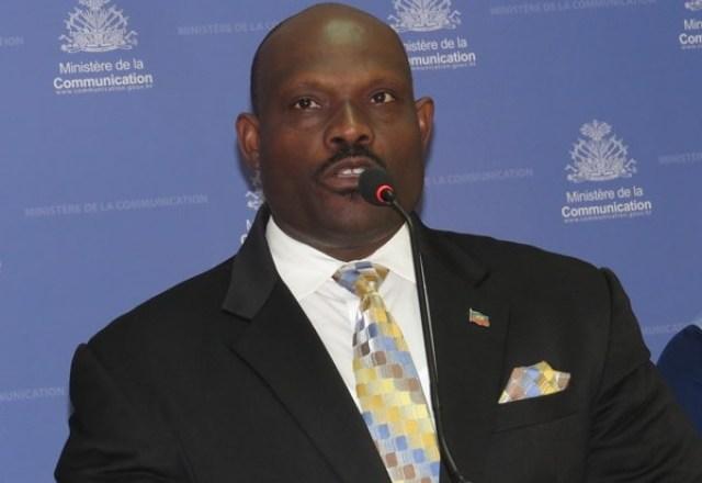 Haïti : Le DG du CNE rejette les accusations d'Arnel Bélizaire et fait le point 1