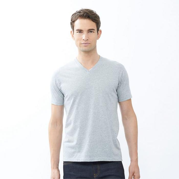tee-shirt-uniqlo