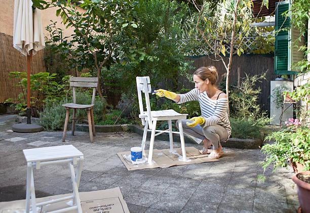 Bois, Métal Ou Pvc, Comment Repeindre Son Salon De Jardin
