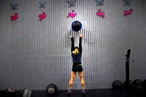 wall ball throw