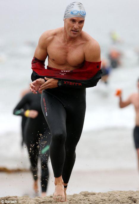 Matthew McConaughey a aussi participé à des Triathlons