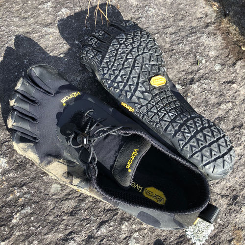 La semelle et son grip des Vibram Five Fingers V-Alpha
