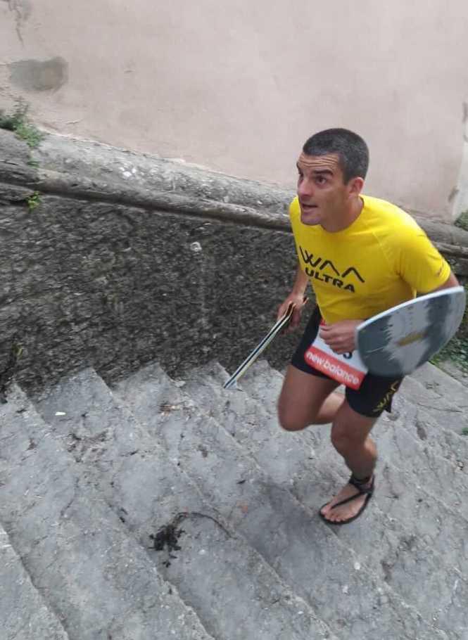 Luna Sandals en action