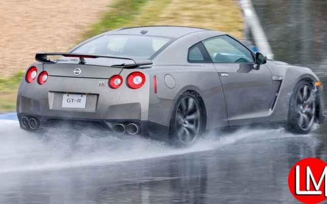 Global car tips for raining season