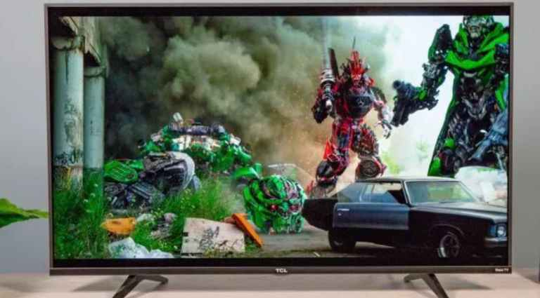 TCL 5 series Roku smart 4K TV 43S517 is one of the cheapest 4k tv