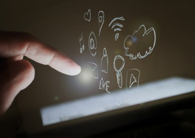 touch-screen-1023966_640