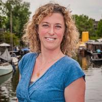 Eva-van-Dijk