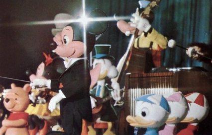 vintage-mickey-revue-postcard-magic-kingdom