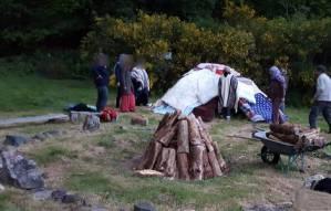 construction d'une hutte de sudation, cérémonie chamanique INIPI