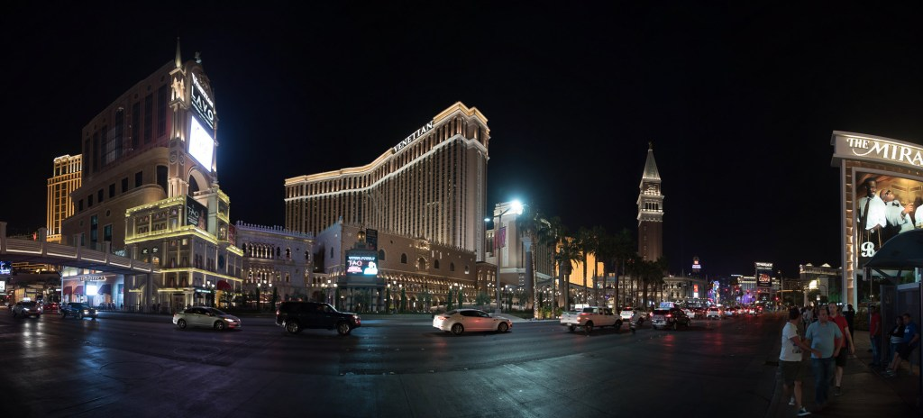 Vegas la nuit