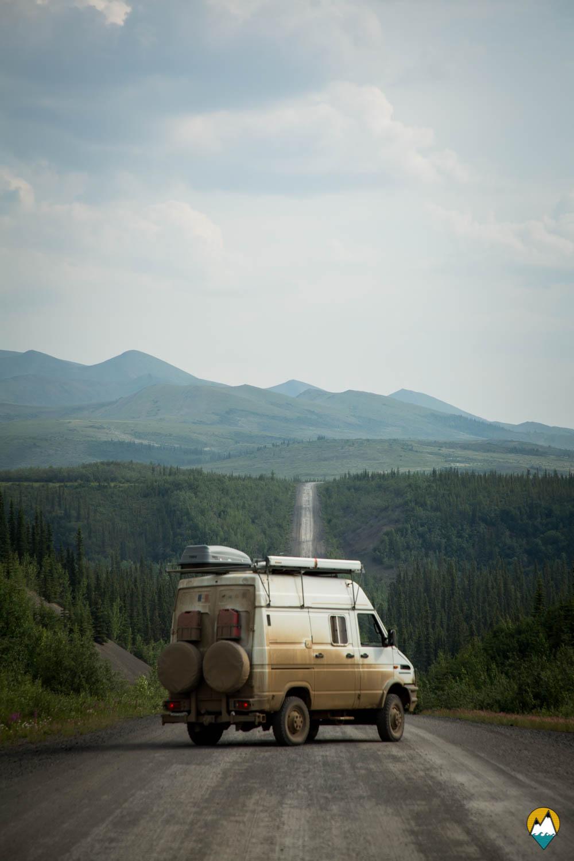 Dempster Highway-Van et route
