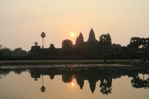 levé de soleil sur le temple d'Angkor Wat