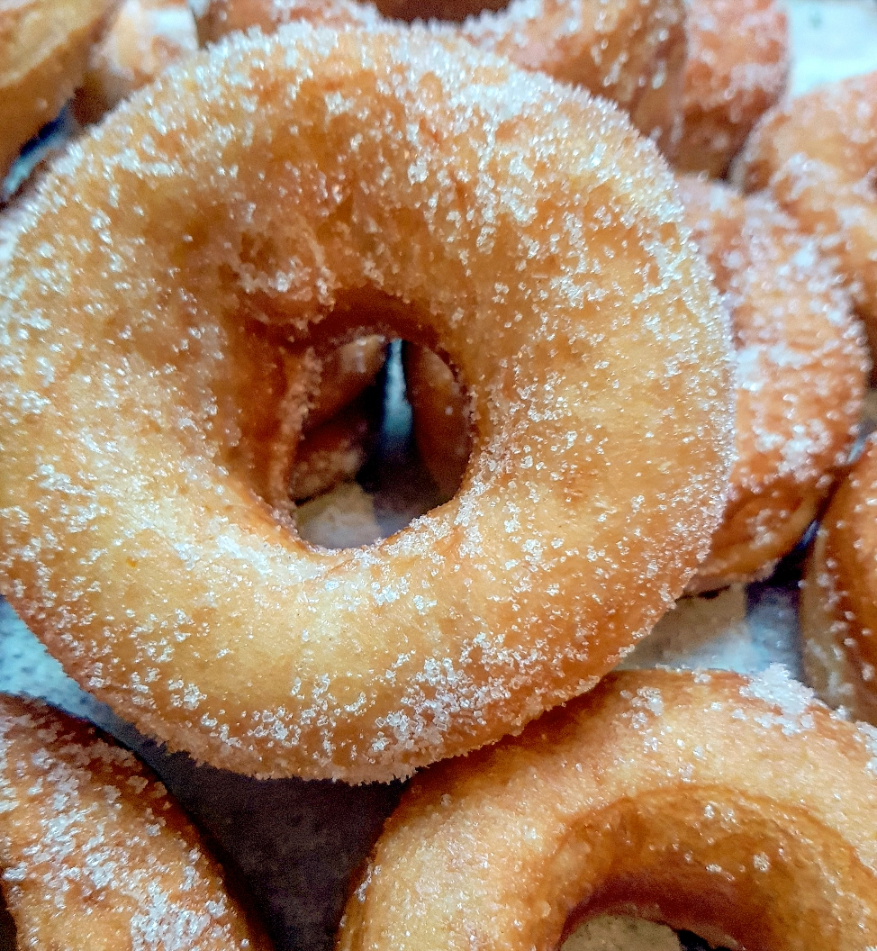 ciambelle fritte donuts