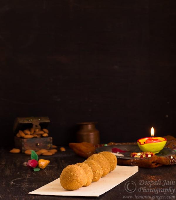 Besan Ke Ladoo | Gram Flour Balls