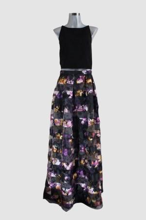 renta-de-vestidos-en-puebla-top-negro-falda-flores-frente