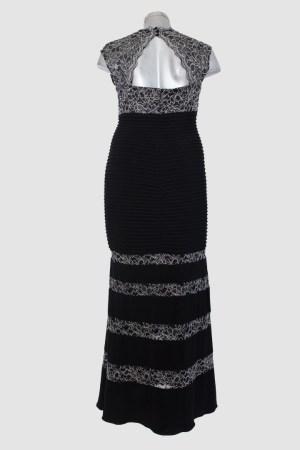 Vestido-largo-negro-con-blanco-corte-sirena-de-renta-en-Puebla_T