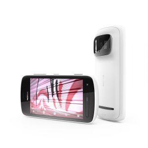 Photo du Nokia 808 PureView, en blanc