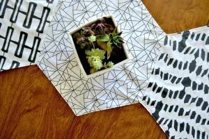 Hexagon Table Runner {using Modern Yardage Fabrics}