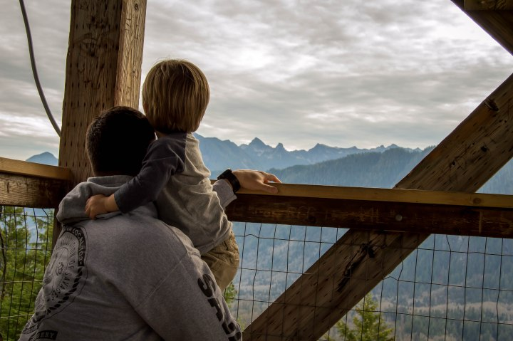 Family Friendly Hike To Heybrook Lookout
