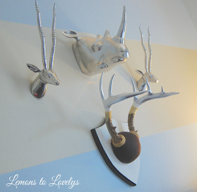 DIY painted deer antler decor more on www.lemonstolovelys.blogspot.com