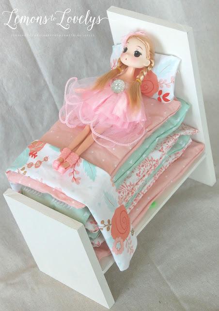 DIY Princess & The Pea Play Set. Full tutorial on the blog. www.lemonstolovelys.blogspot.com