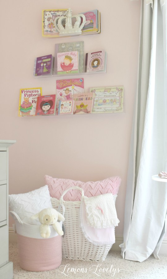 Girl Nursery Reveal www.lemonstolovelys.com