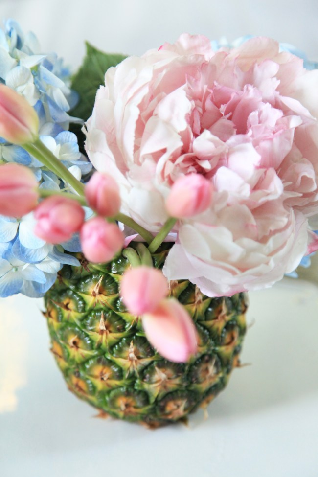 How to make a pineapple vase