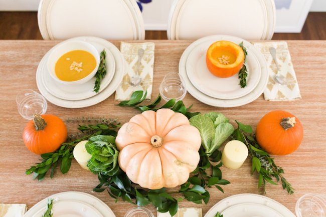 lemonstripes-thanksgivingtablescape-106