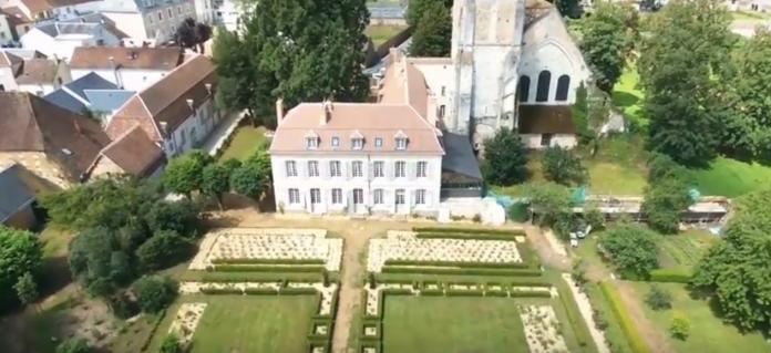 collège royal et militaire de Thiron-Gardais