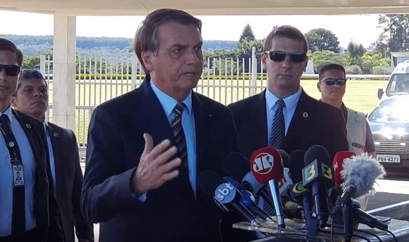 Jair Bolsonaro, le 30 mars 2020 face à la presse