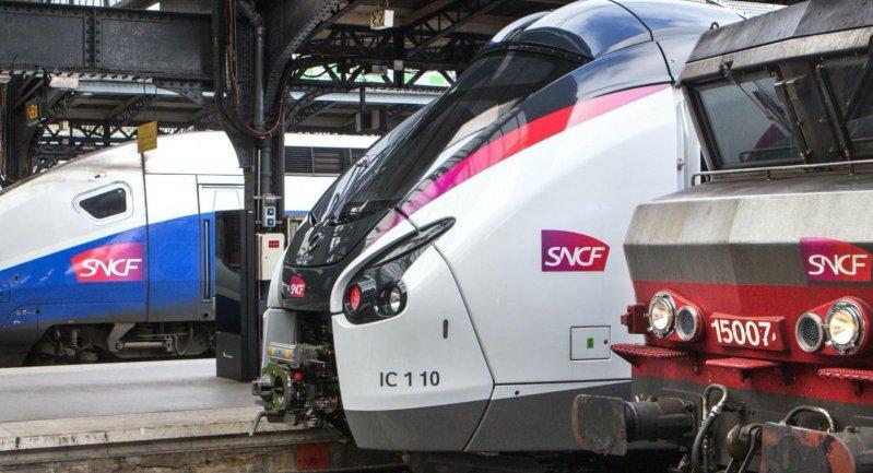 Trains en gare © groupeSNCF