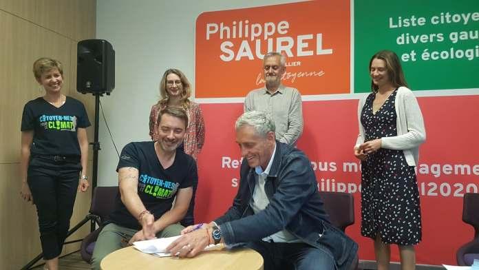 Signature Pacte Transition Philippe Saurel et le collectif citoyens pour le climat ©CDosSantos
