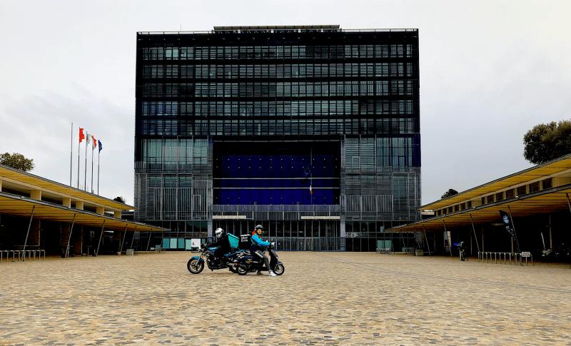 Montpellier, zone piétonne verbalisation des livreurs motorisés