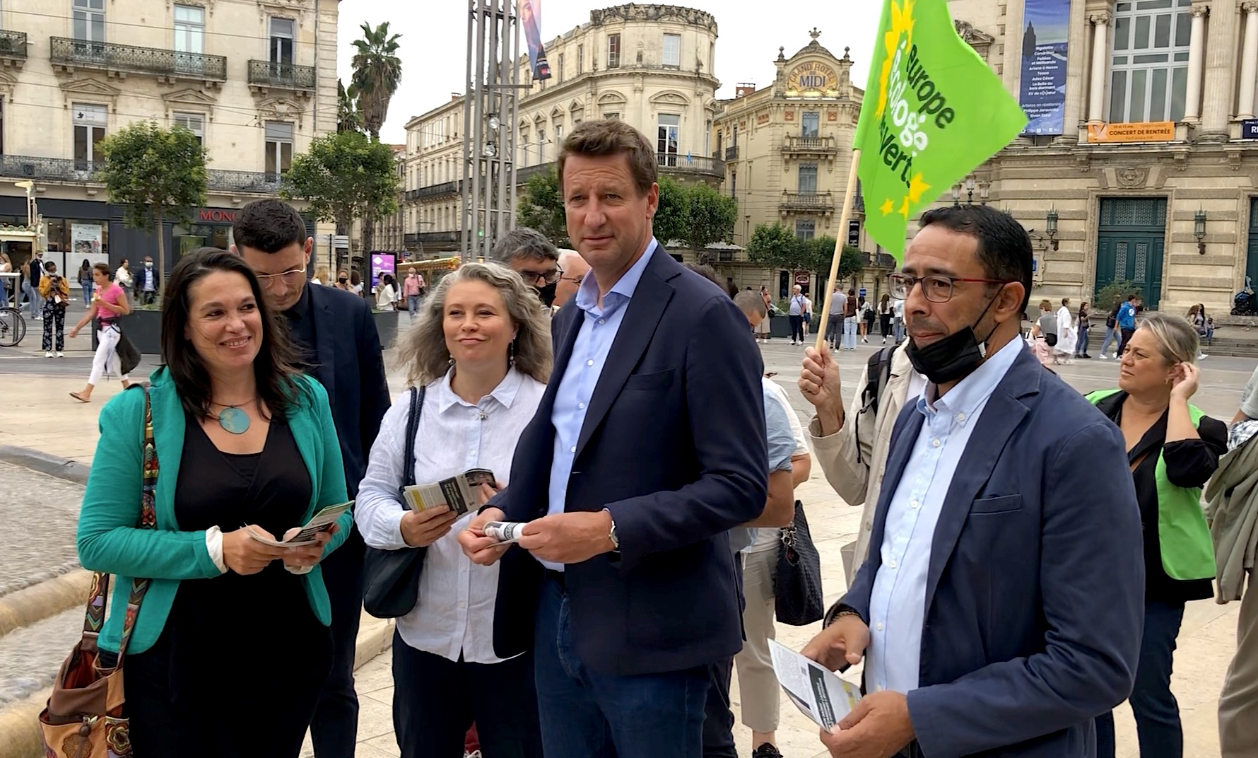 Yannick Jadot en campagne à Montpellier pour la primaire écologiste (©JPV)