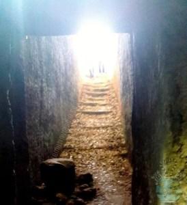 Ingresso ad una tomba della Necropoli di Armeni