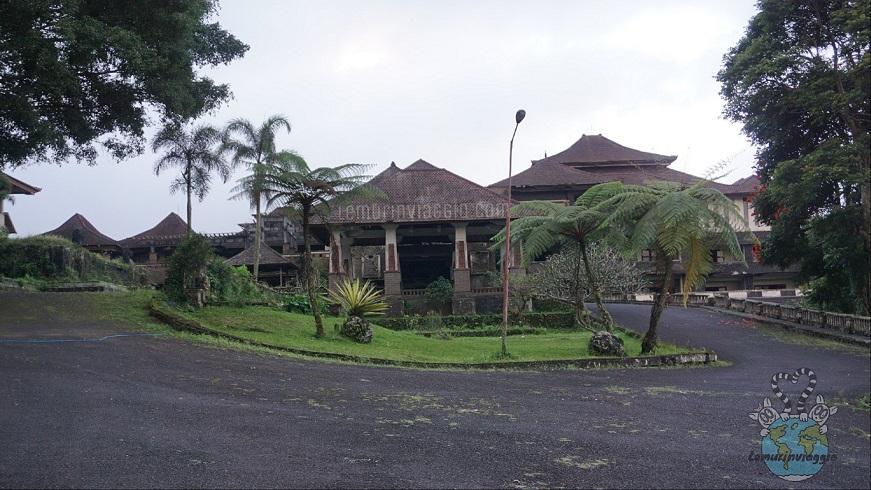 Ghost Palace di Bali - Lemurinviaggio