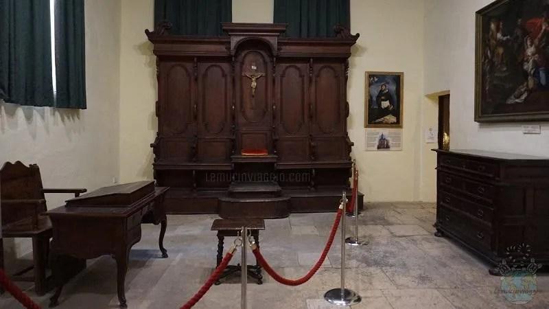 Tribunale dell'inquisizione all'interno del Palazzo dell'Inquisitore di Malta