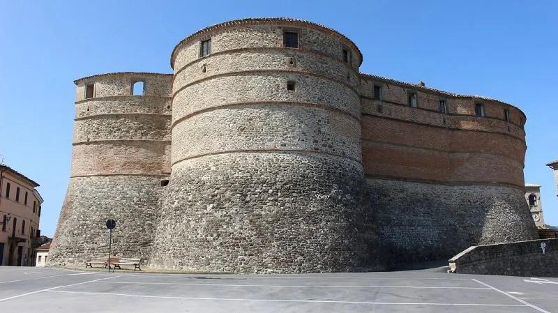 La Rocca Ubaldinesca è una delle 5 fortezze del ducato d'Urbino e si trova a Sassocorvaro nelle Marche