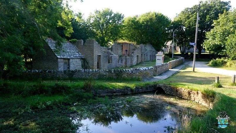 Tyneham un villaggio abbandonato nel sud dell'Inghilterra