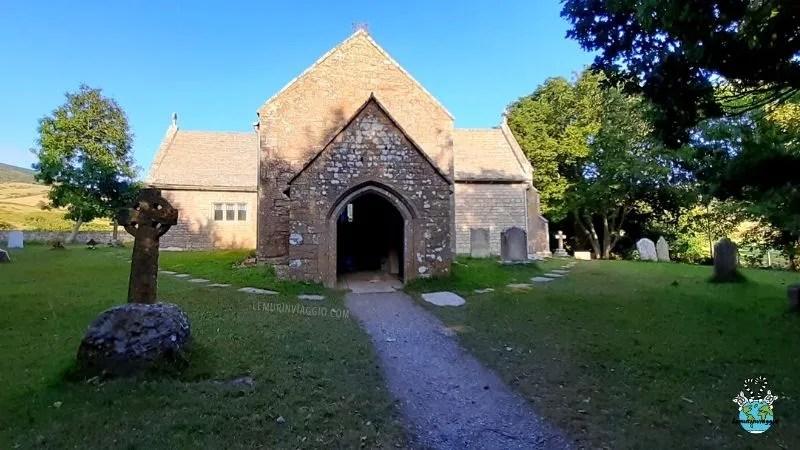 la chiesa nel paese fantasma