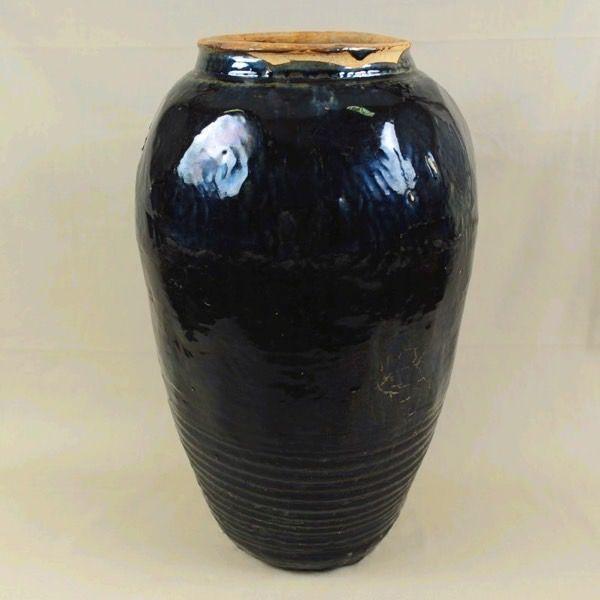 Vaso in terracotta invetriata nero