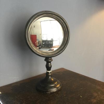 specchio convesso piedistallo