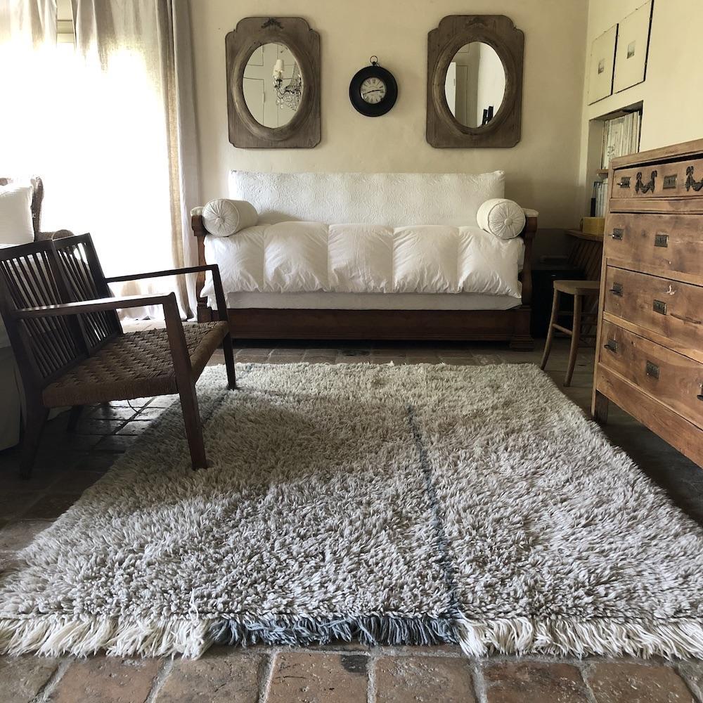 tappeto grigio lana