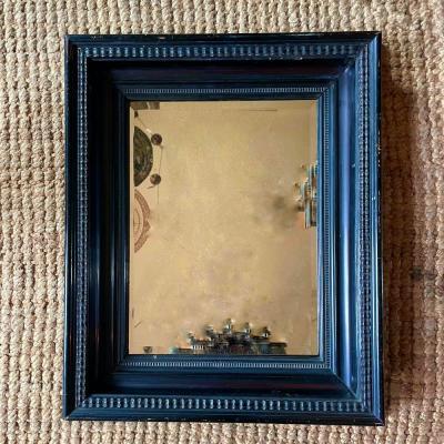 specchio antico cornice guilloché.