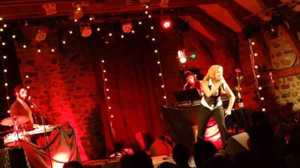Agnès Bihl Cabaret Electro-rétro fay sur lignon