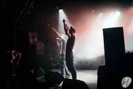 T.I.N.A en concert