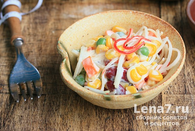 """""""Crab"""" salad with beans"""